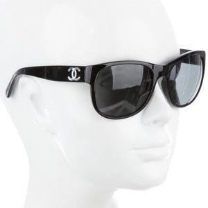 CHANEL 5182 Sunglasses in Black